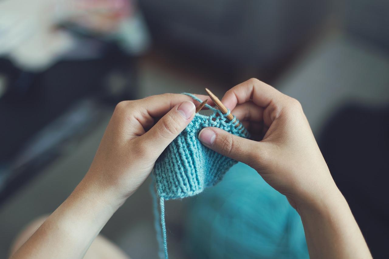 【編み物初心者】棒針の輪編みをキレイに仕上げる5つのコツ!